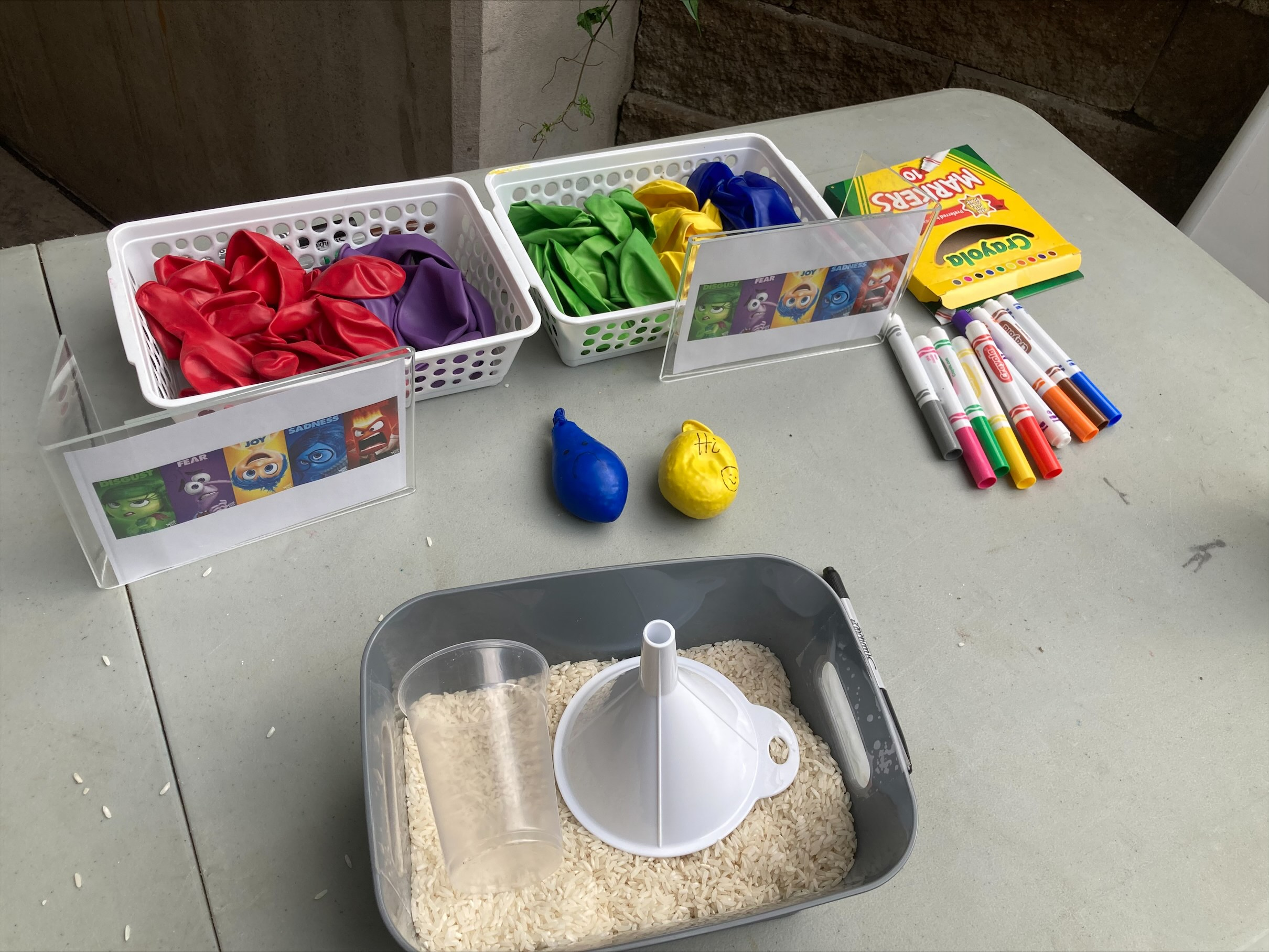 Materials to make stress balls.